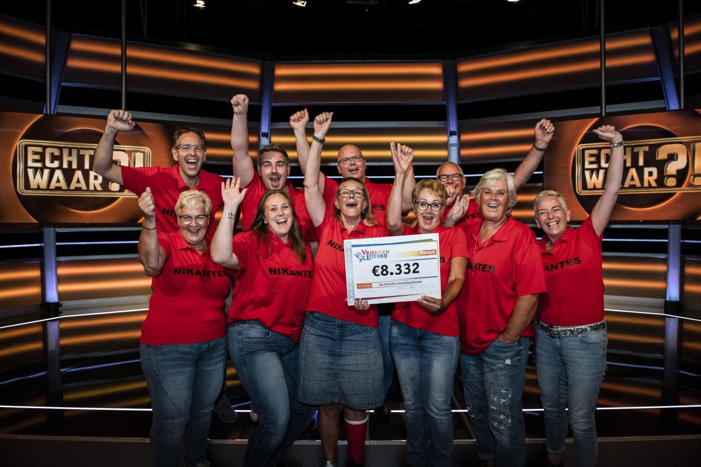 Sportvereniging Nikantes uit Hoogvliet Rotterdam wint € 8.332,00 in SBS6-programma Echt Waar