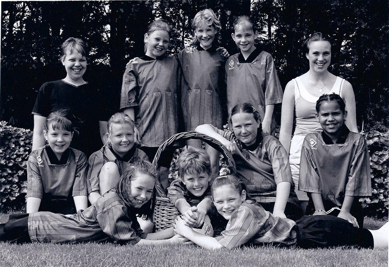 2000 Nikantes D team uit 2000